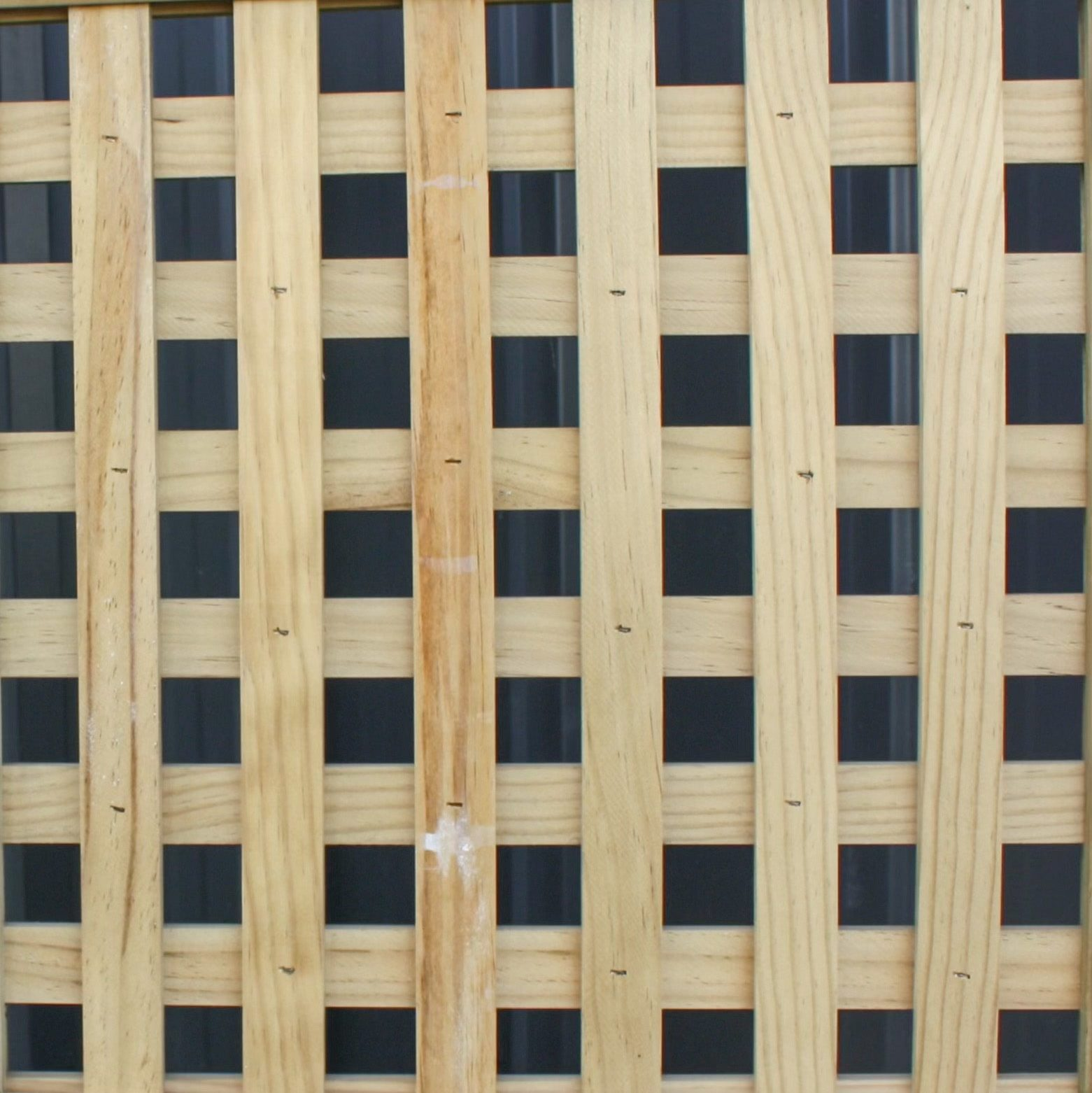 A picture of a 35mm square fence design