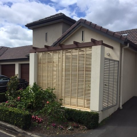 A picture of a 20mm oriental fence.
