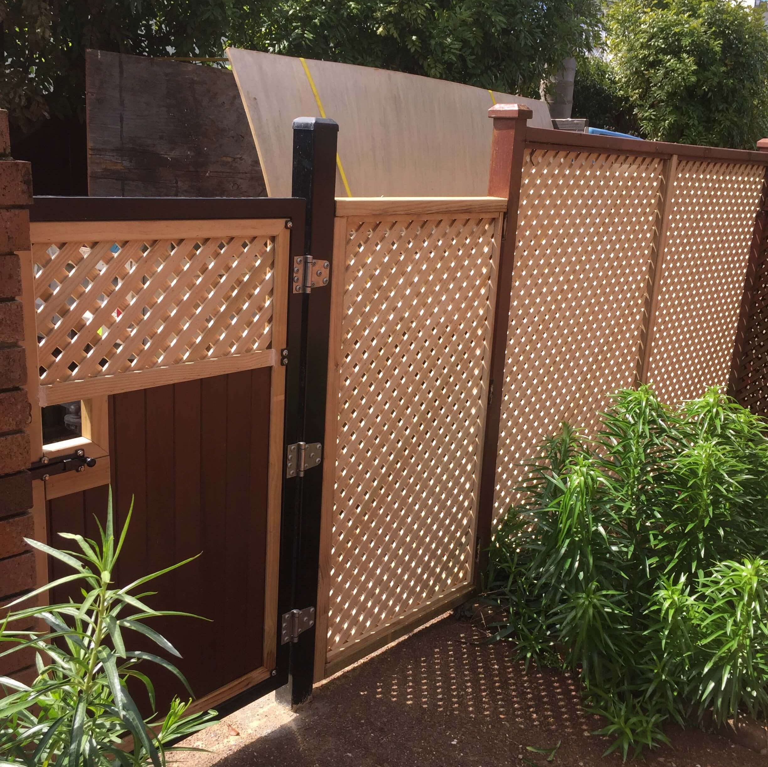 A picture of an installed fence.
